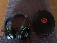 Beats Solo2 Wireless On Ear Headphone Black