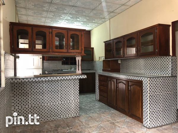 Diamond Village South home with 3 bedrooms-3