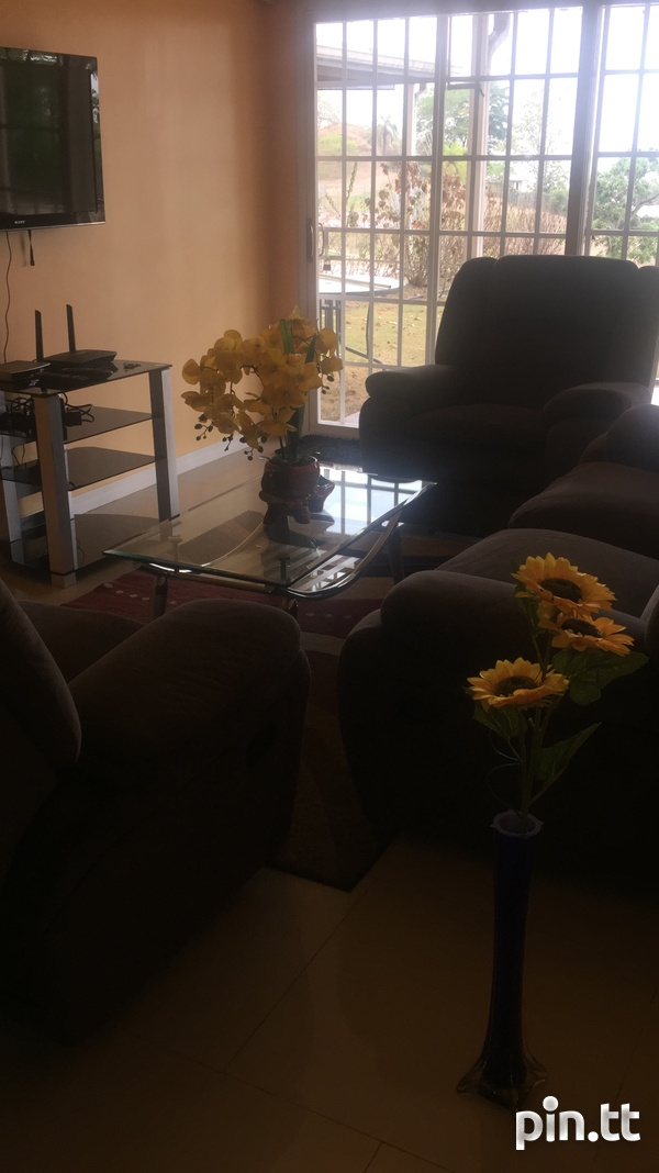 Fully furnished 3 bedroom apartment in Cara Court Claxton Ba-7