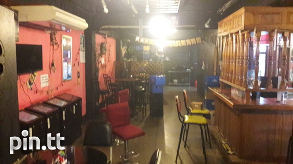 Bar fully furnished and equipped-2