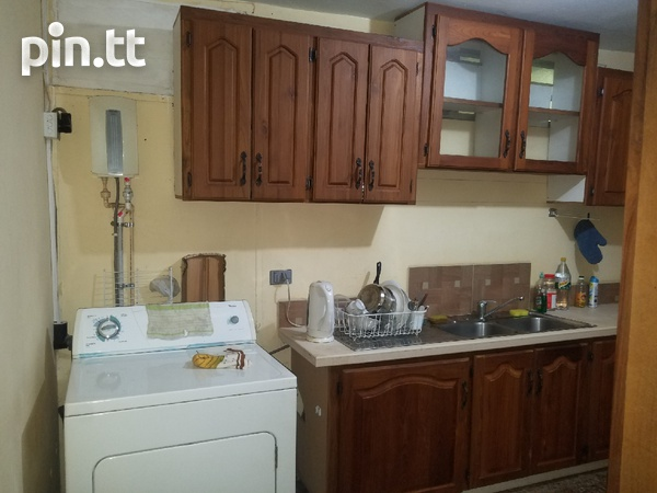 Circular Courts townhouse with 2 bedrooms-8
