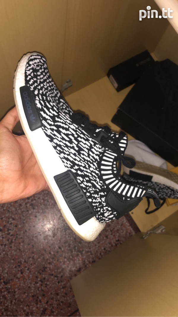 AUTHENTIC NEW ADIDAS NMD-1