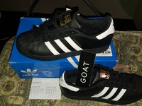 Addias superstar core black