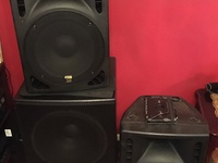 Powered Speaker Boxes with Mixer