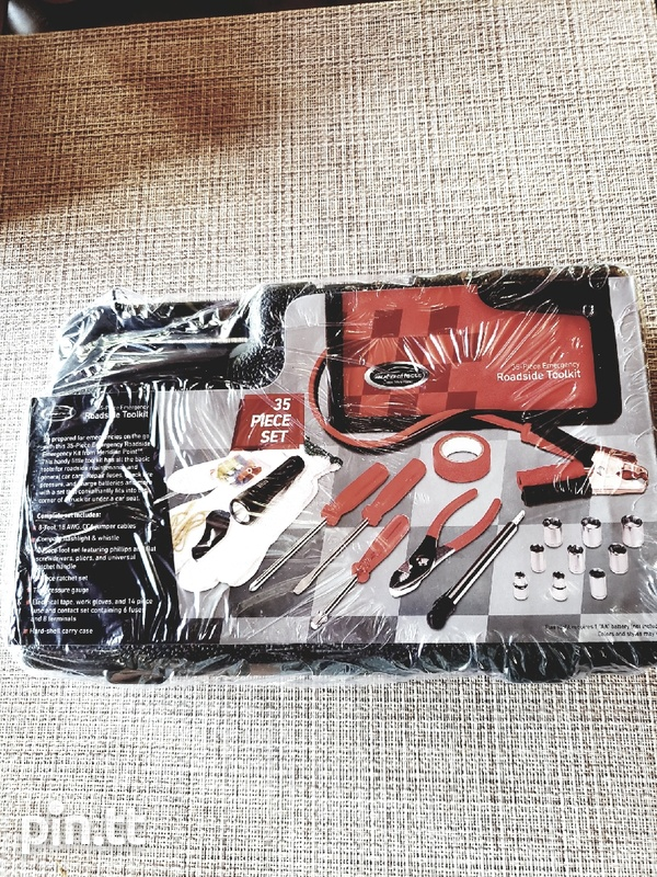 35PC Roadside toolkit in carrying case-1