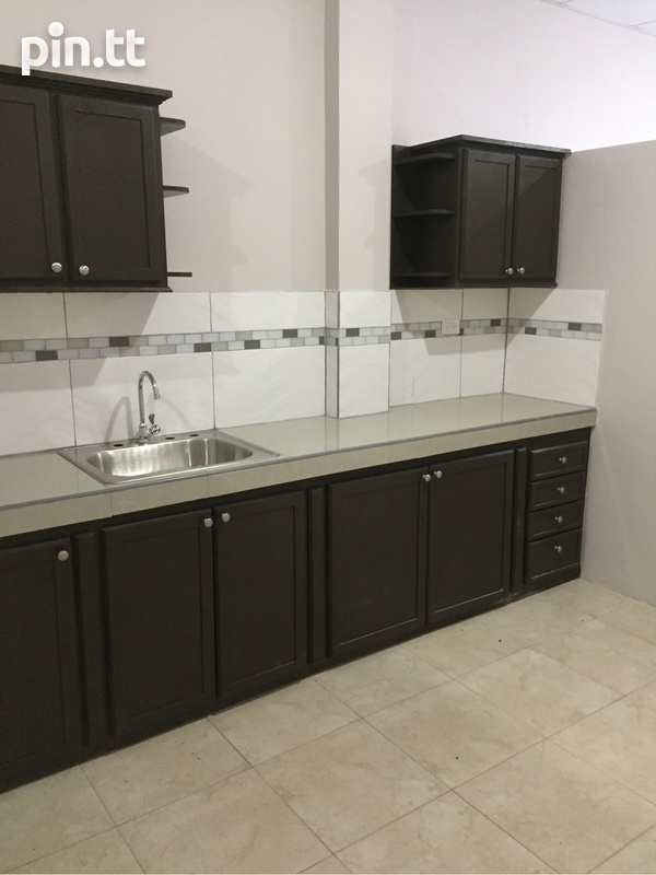 Apartment with 2 bedrooms . Semi Furnished-2