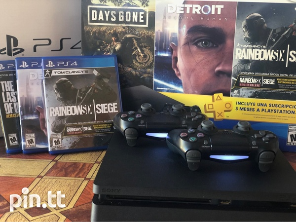 PS4 Console-1