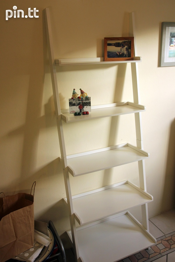 White Ladder Shelf-1