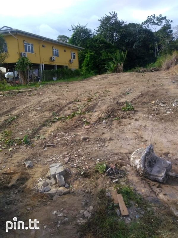 Investment lot, Eastern Main Road-3