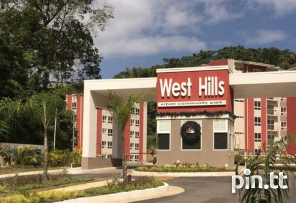West Hills apartment with 2 bedrooms-1